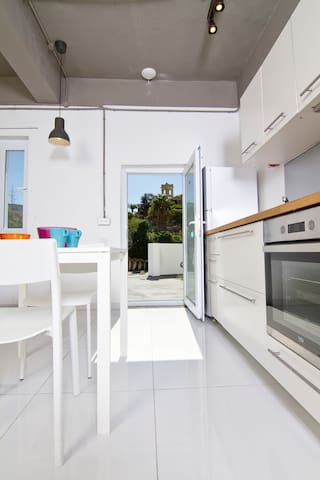 Serenity in St' Julians apartment 3 adults - RM25 - Saint Julian's