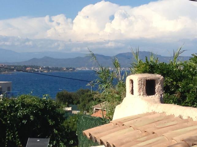 Villa vue mer piscine chauffée  - Les Issambres - Roquebrune-sur-Argens - Rumah