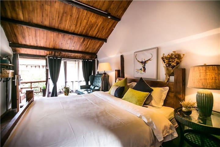 丽江芳香苑多肉植物主题客栈雅致大床房 - Lijiang - Cabane