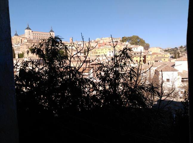 Casa colores cerca catedral - Toledo - Huoneisto