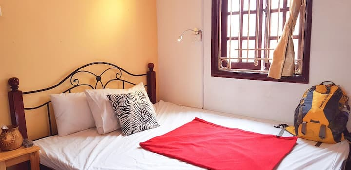 Cozy Double Room Lakeside ★ Hanoi Old Quarter