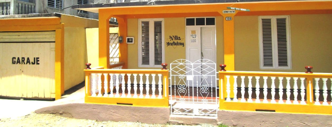 Villa Barthelemy - Baracoa - Bed & Breakfast