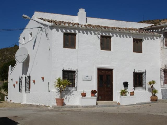 Almond Reef B&B, Family Room - Sorbas - Szoba reggelivel