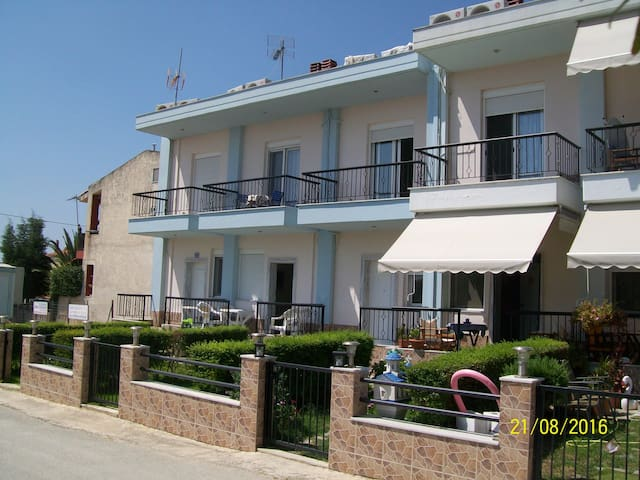 Two-storey house in Nikiti beach - Nikiti Beach - Appartement