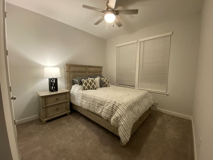 Great Bedroom Near NoDa and Plaza Midwood