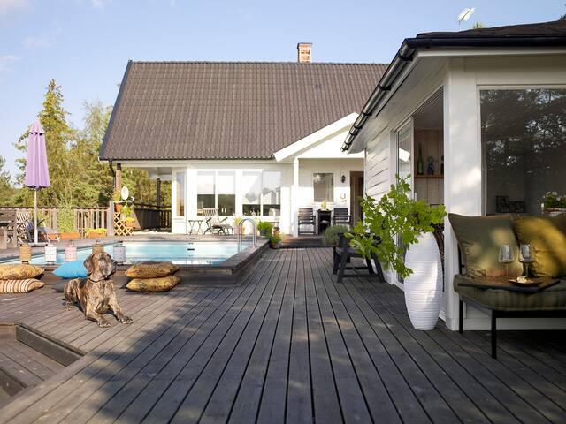 Perfect family villa!