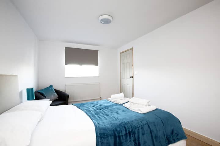 ★ MODERN FLAT ★ minutes from Oxford City Centre