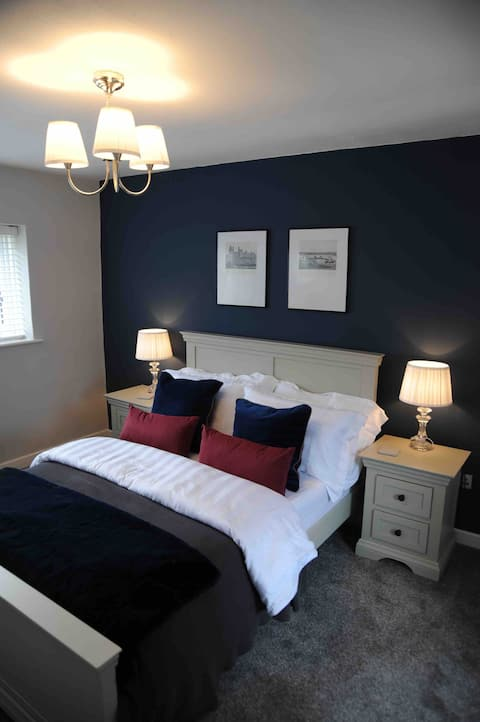 Newly refurbished in charming Beaumaris