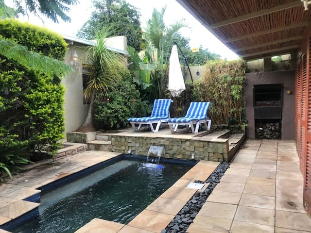 Melville Poolside Room with outdoor lounge