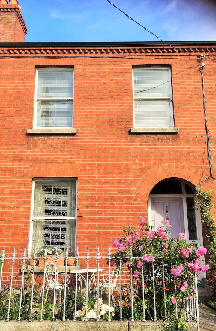 Small Double in Period House, Rialto, Dublin 8