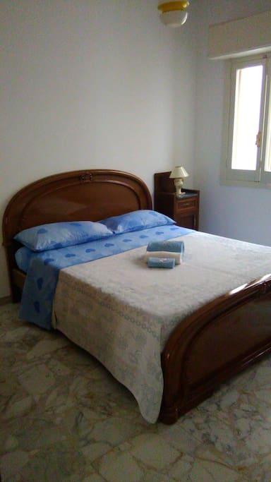 la prima camera da letto matrimoniali