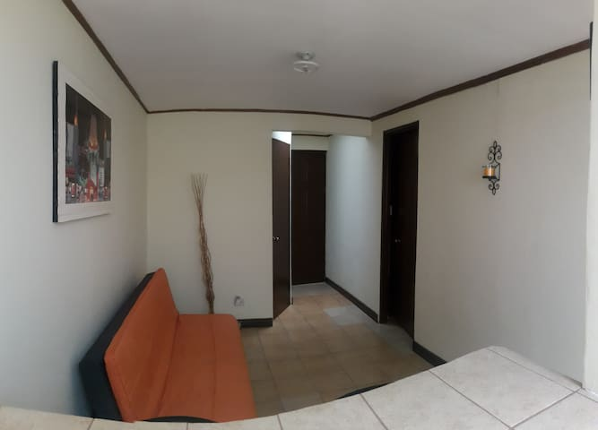 Cozy studio in Escazú with great location