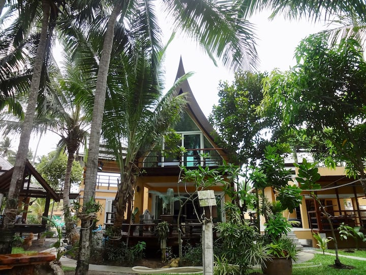 SIAM VILLAGE VILLA -41A Thai style luxury villa