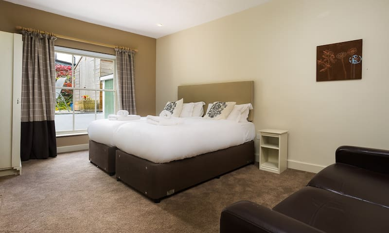 Lower-ground floor room can be super-king or twin bedded.