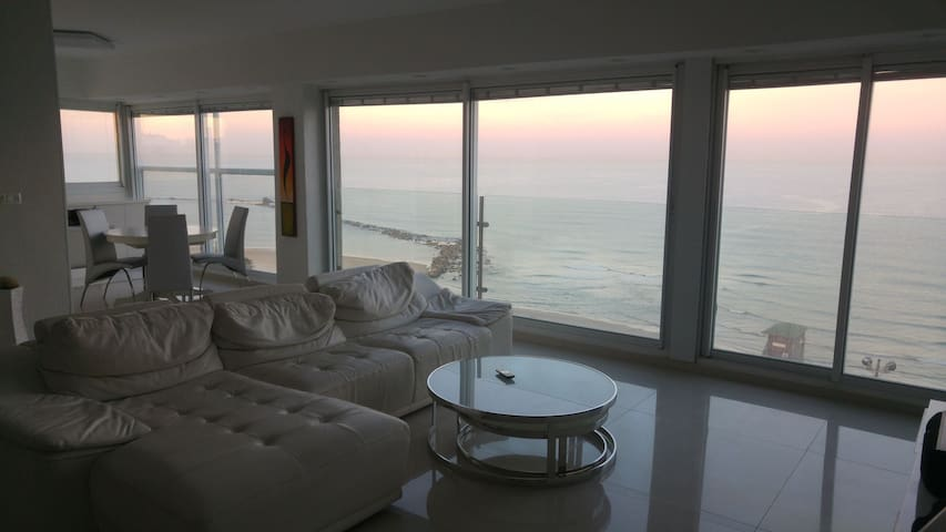 Luxury on the sea - Bat Yam - Apartment