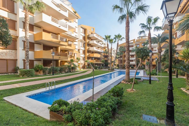 Luxury Holiday Apartment Seaview with pool