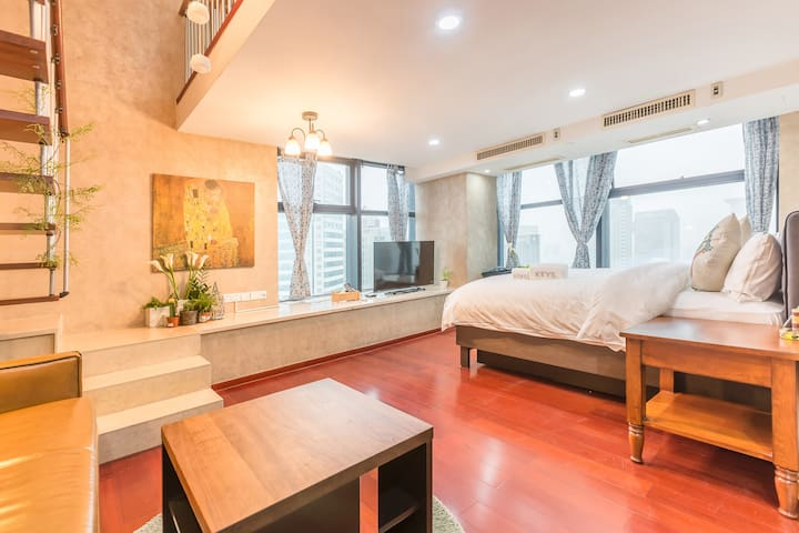 【夏朵公寓】河坊街通透全明LOFT,美式精品家具,五星级酒店床品 - Hangzhou - Apartment