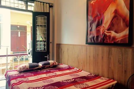Charming doubleroom nearOldQuarters - Hanoi