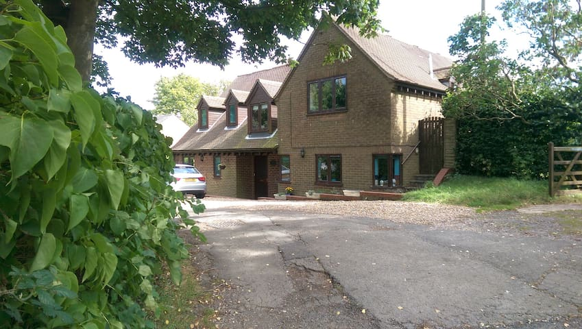 Chase House, Whaddon near Milton Keynes - Whaddon