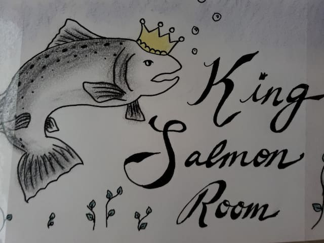 Latitude 61 BnB- King Salmon Room
