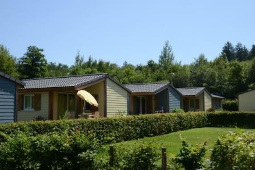 Bungalow 2 bungalow in affitto a hinterkappelen bern for Piani casa bungalow 4 camere da letto