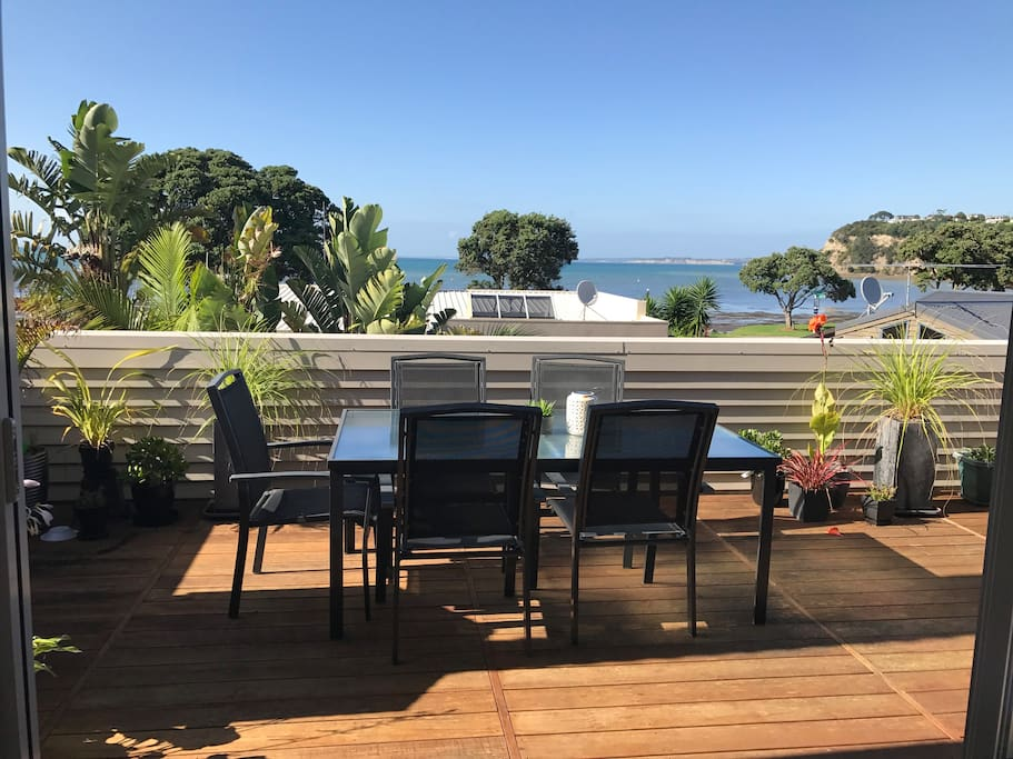 Alfresco dining on the deck with gorgeous views.
