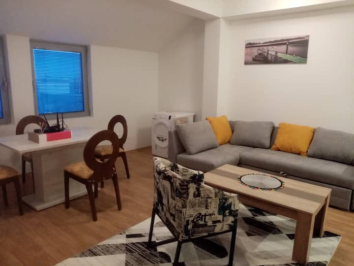 Two Bedroom Flamanita Apartment in the Center