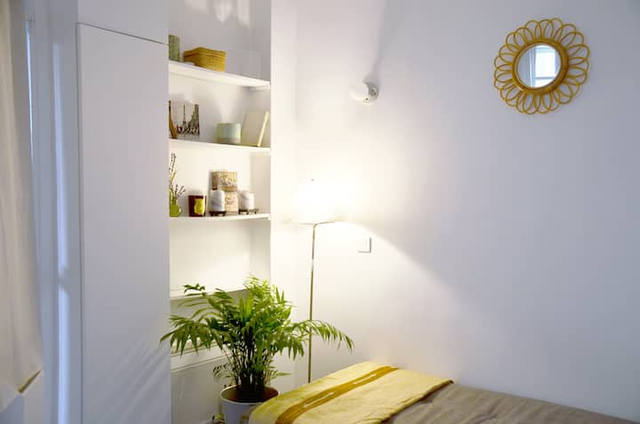 Charming studio & access to coworking in Le Marais