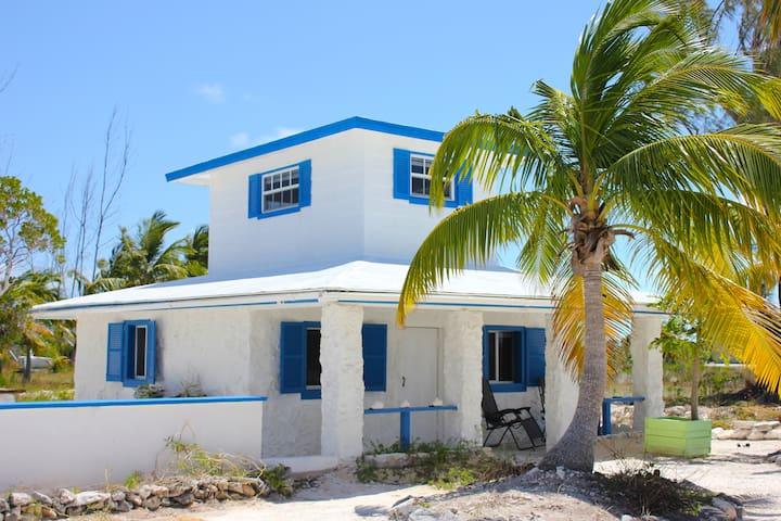 Waterfront Guesthouse at Cape Santa Maria - Cape Santa Maria - Pension