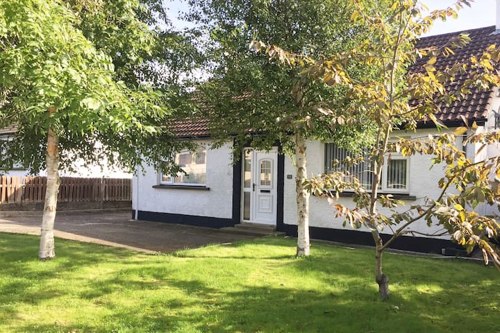 Coolfinn Cottage in the heart of Ballycastle