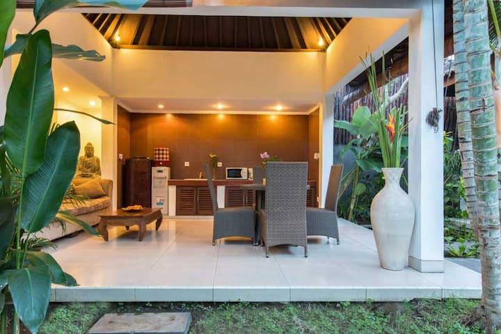 Bali Zen Villa Kerobokan 4