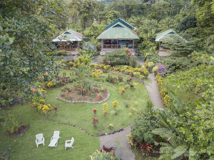 Villas Serenidad 16-18 person Retreat Center