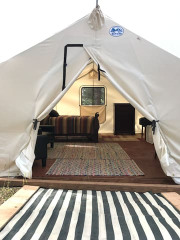 Glamping in a Peaceful Setting!
