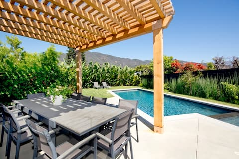 Modern Malibu home w/Ocean Views & Private Pool