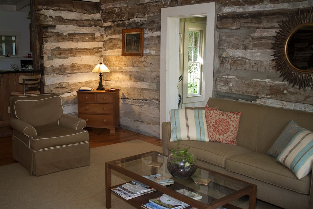 Historic cabin in trendy westside case in affitto a for Cabine in affitto in montagna ga