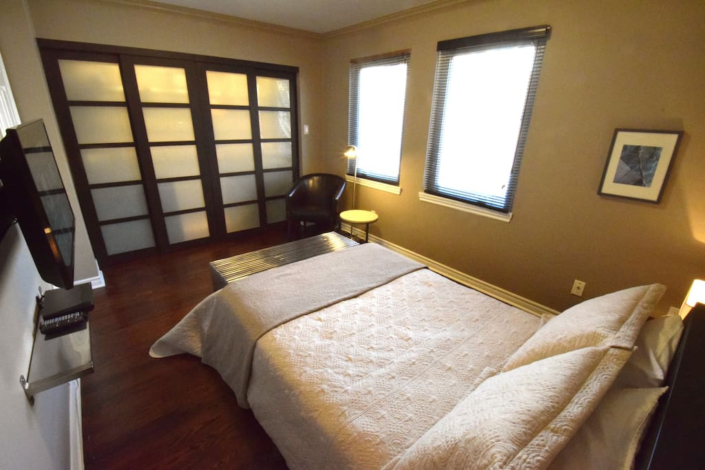 The room was clean and exactly what we were looking for.   Stephanie – Sept. 2015