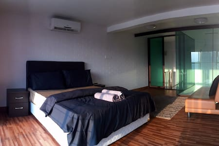 *DUPLEX* SHOWHOUSE @ Empire Damansara SOHO1 - Apartment