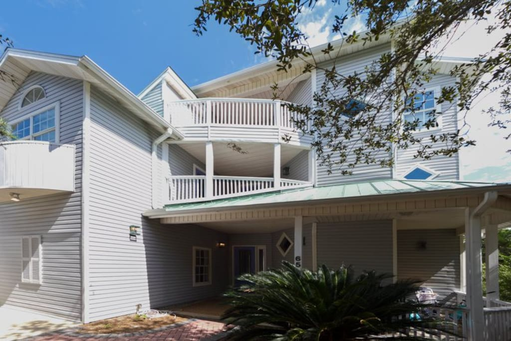 Large 3-story multi-level home in a beautiful setting.