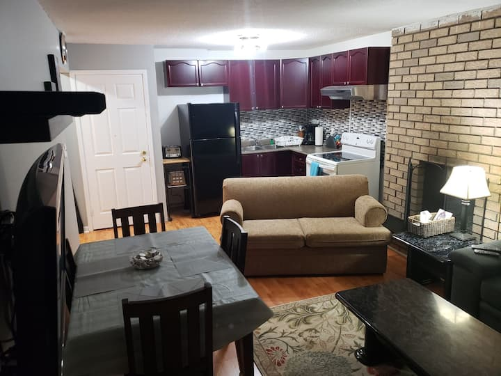 Entire Apartment Private Stay NearDT And Amenities