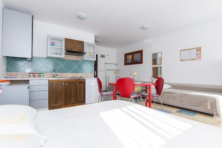 Studio apartment LANA - Mošćenička Draga - 公寓