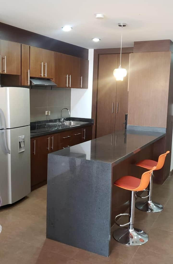 Suite amoblada en zona exclusiva, con piscina