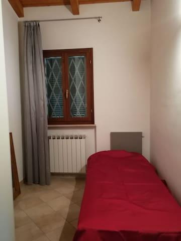 Appartamento vista mare - San Costanzo - Apartamento