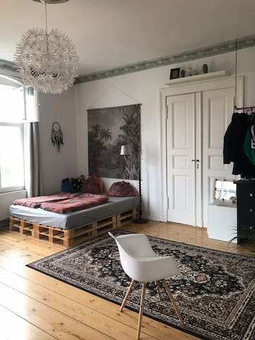 Big room at Prenzlauer Berg in a shared flat