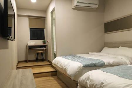 琉戀客佔 Boutique HOTEL 親子四人套房(一大一小床)可當三人房 Triple room - Luodong Township - Dům pro hosty