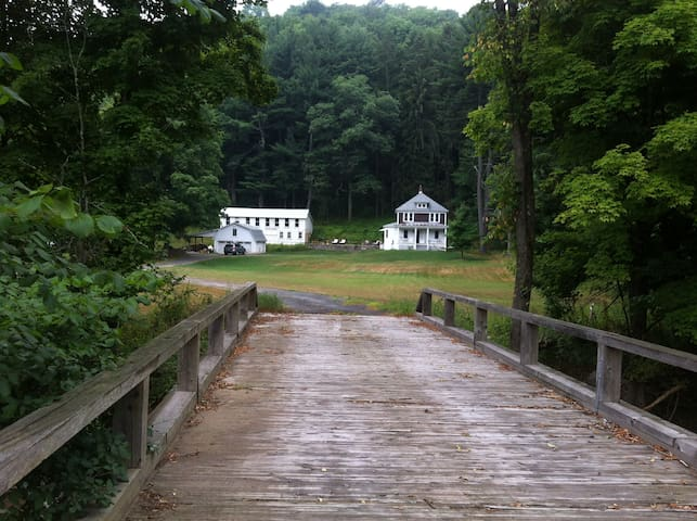 Catskills Farm House near Callicoon - North Branch - Casa