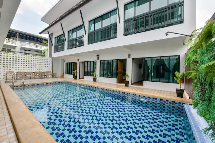 ⭐Ivory Light Modern 9BR Pool Villa 2km to Beach