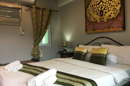 Thailand Guest House - Double Room (In Old City)