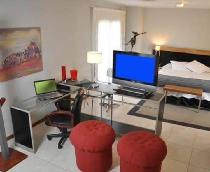 """Tierra Mora """"Habitación Suite"""" vista al Parque"""