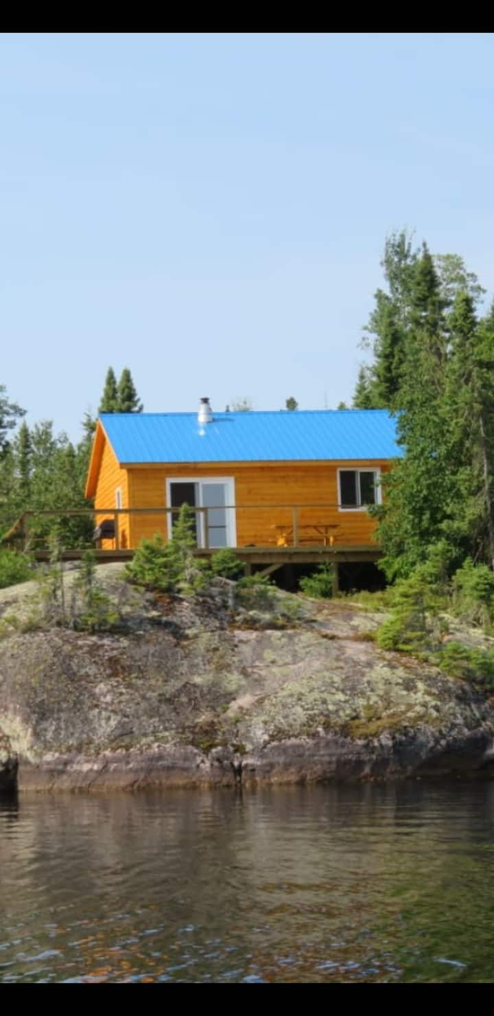 Remote lake front Fly-in Cabin North of Nakina.