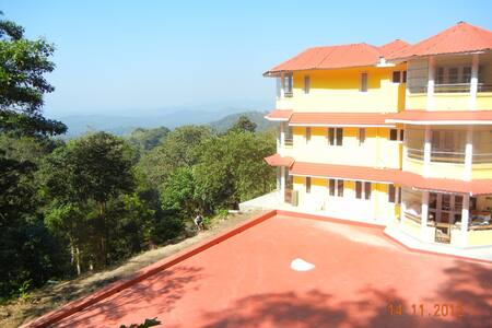 Amritasthanam Guesthouse&Retreat - Madikeri - Pousada